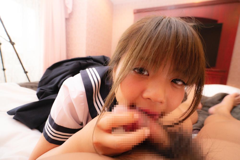 セーラー服の似合う居酒屋バイトのさおりちゃん(19)と制服を着て中出しハメ撮り!